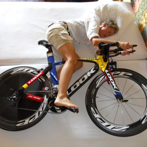 cyclist-sleeping-with-bike